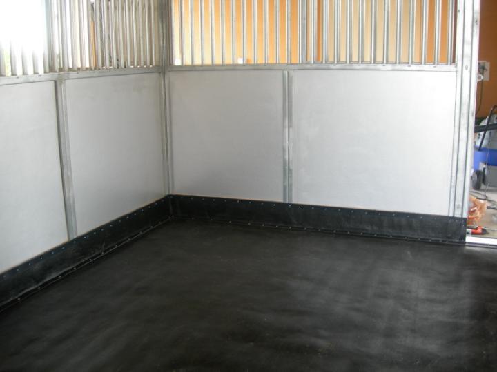 Horse Stall Mats and Matting for barn floors.